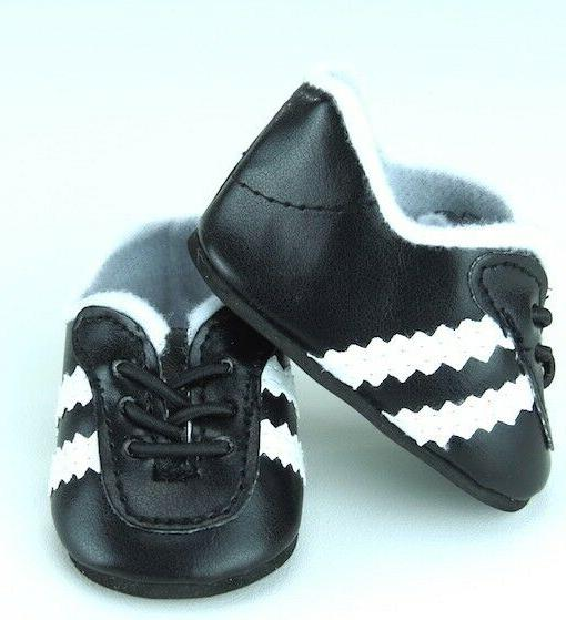 black soccer shoes made for 18 american