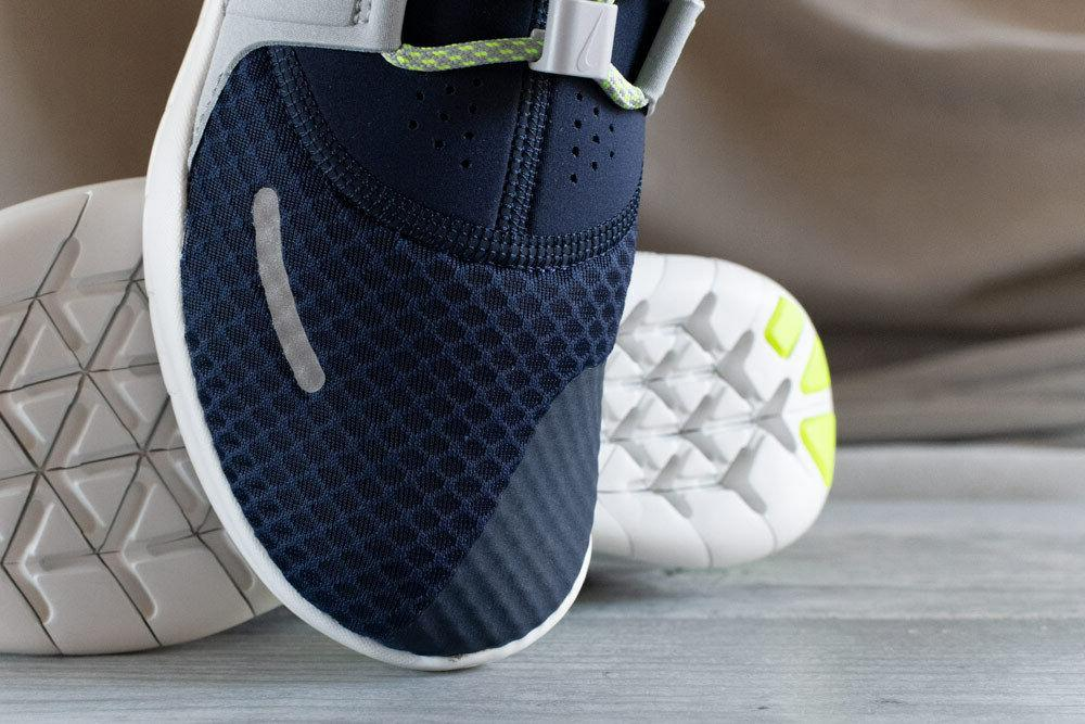 NIKE FREE RN & AUTHENTIC, 4.5