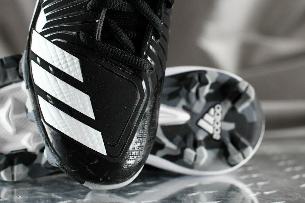ADIDAS ICON shoes for boys, NEW & size 1